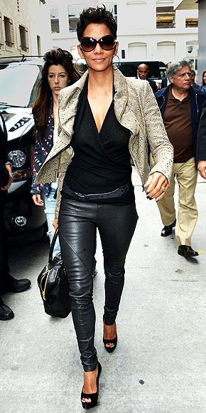 leather leggings, edgy work look, leather jacket
