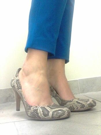 snake skin heels, nine west, animal print shoes